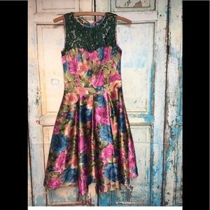 Tatyana pin up retro floral swing dress size xs